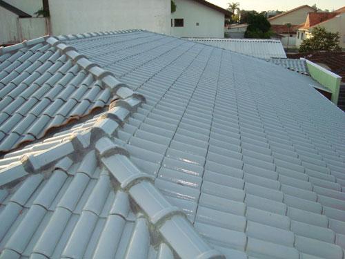 telhado com goivas